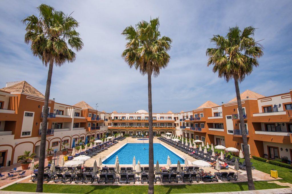 https://golftravelpeople.com/wp-content/uploads/2019/04/Vila-Gale-Hotel-Tavira-15-Copy-1024x683.jpg