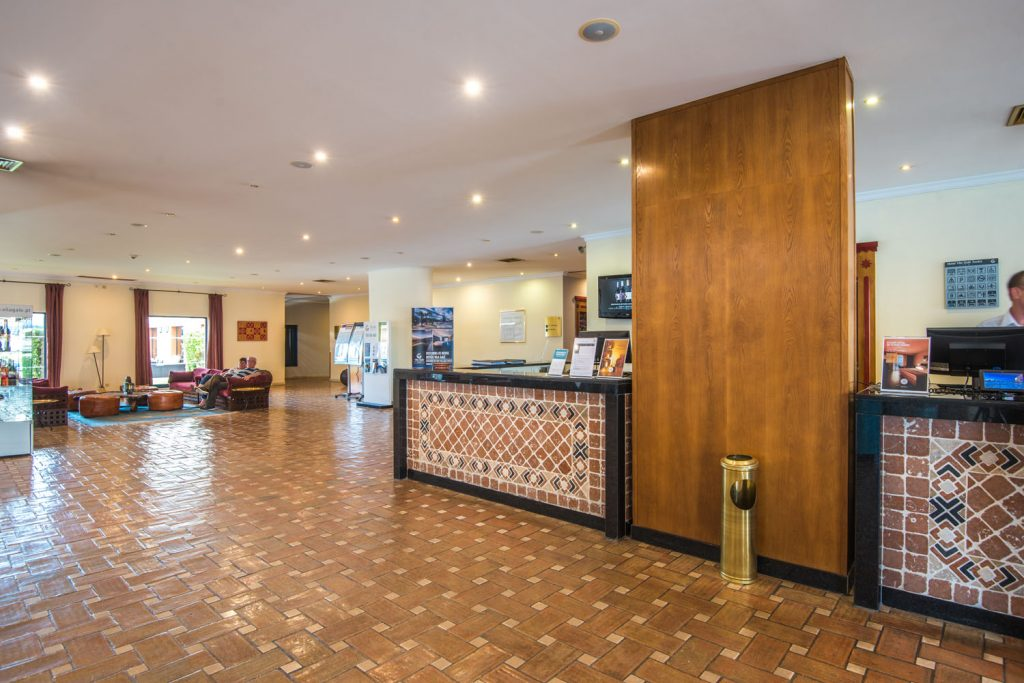 https://golftravelpeople.com/wp-content/uploads/2019/04/Vila-Gale-Hotel-Tavira-17-Copy-1024x683.jpg