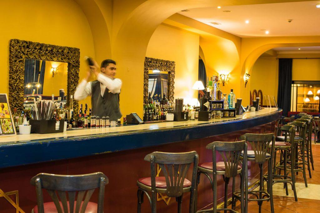 https://golftravelpeople.com/wp-content/uploads/2019/04/Vila-Gale-Hotel-Tavira-5-Copy-1024x683.jpg