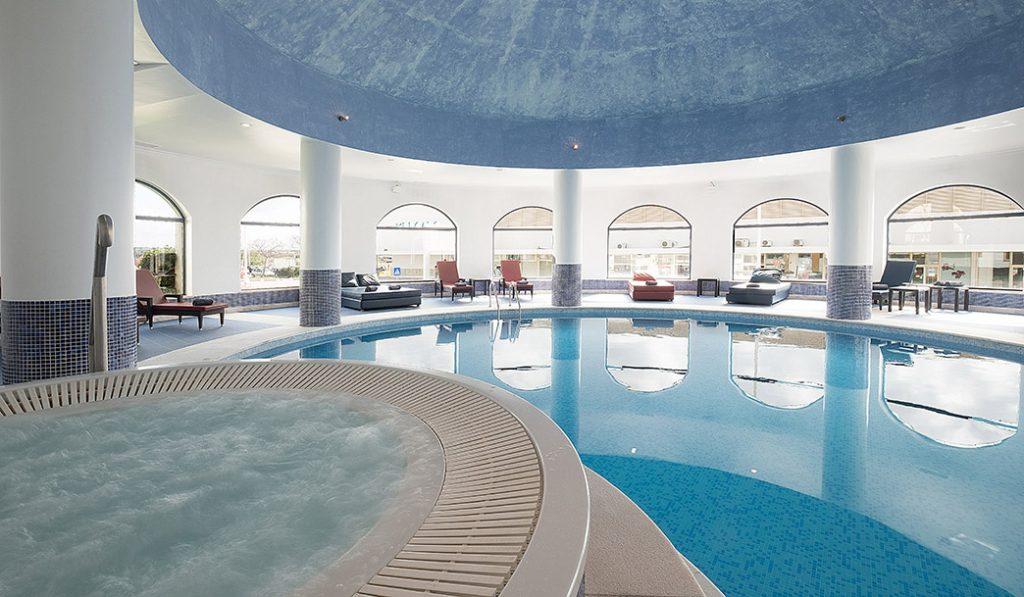 https://golftravelpeople.com/wp-content/uploads/2019/04/Vila-Gale-Hotel-Tavira-Spa-1-Copy-1024x597.jpg