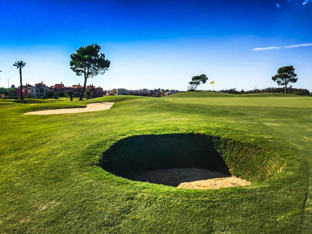 https://golftravelpeople.com/wp-content/uploads/2019/04/Villa-Nueva-Golf-Club-10-1024x768.jpg