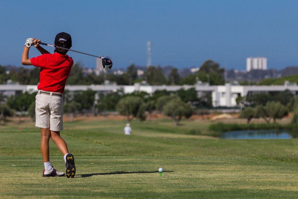 https://golftravelpeople.com/wp-content/uploads/2019/04/Villa-Nueva-Golf-Club-4-1024x683.jpg