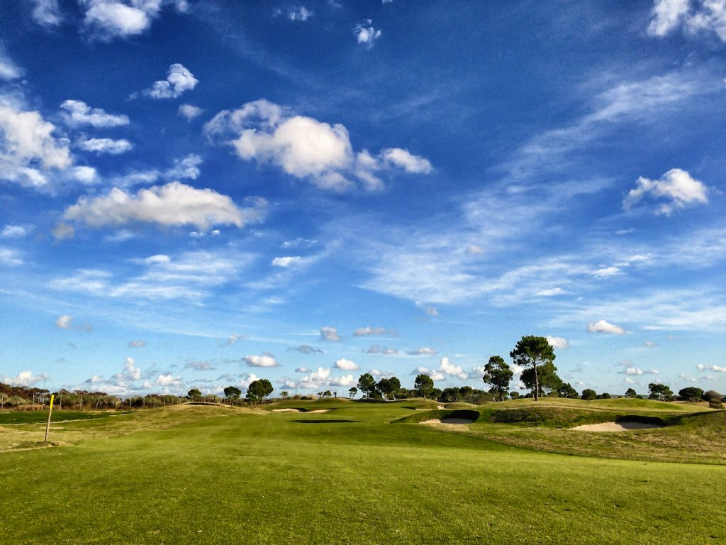 https://golftravelpeople.com/wp-content/uploads/2019/04/Villa-Nueva-Golf-Club-8-1024x768.jpg
