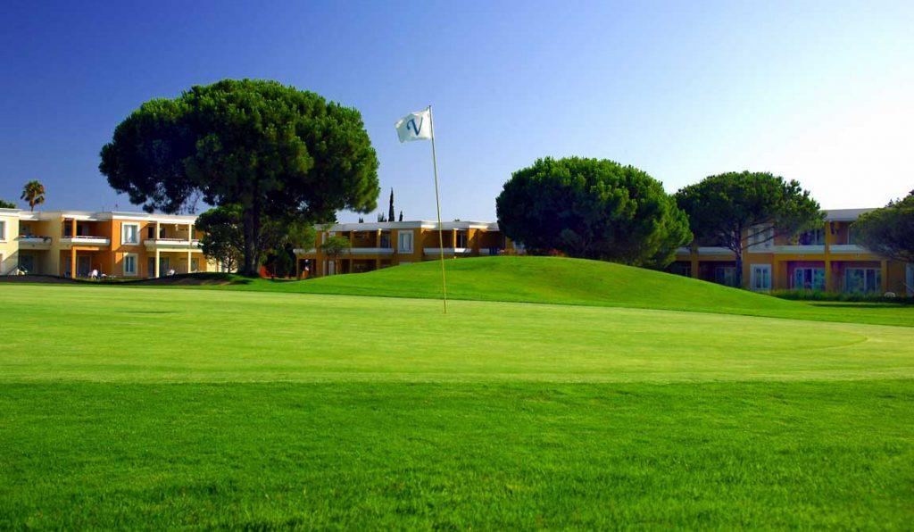 https://golftravelpeople.com/wp-content/uploads/2019/04/Vincci-Costa-Golf-Hotel-3-1024x596.jpg