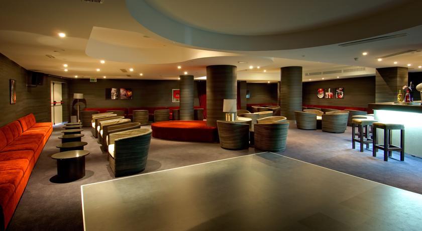 https://golftravelpeople.com/wp-content/uploads/2019/04/Vincci-Tenerife-Golf-Hotel-1.jpg