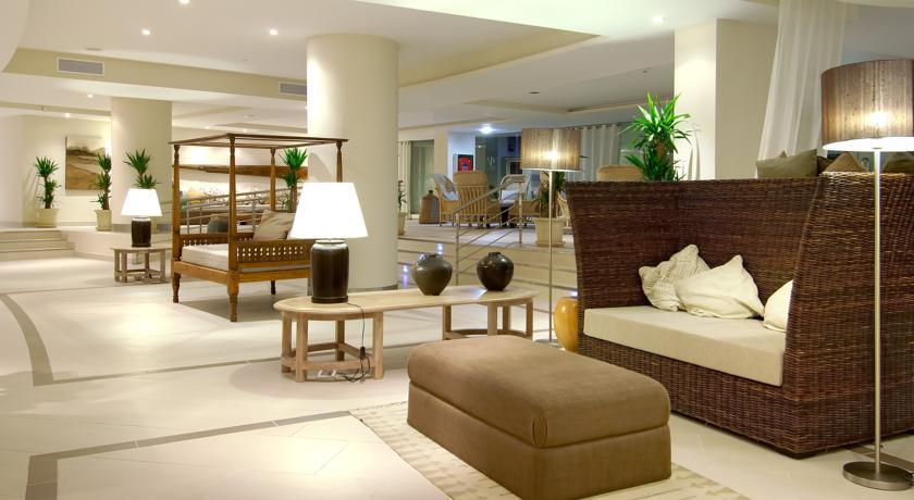 https://golftravelpeople.com/wp-content/uploads/2019/04/Vincci-Tenerife-Golf-Hotel-5.jpg