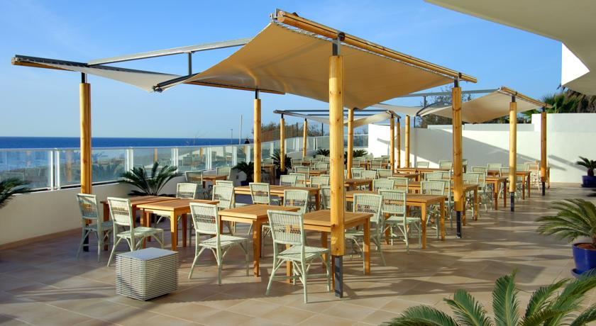 https://golftravelpeople.com/wp-content/uploads/2019/04/Vincci-Tenerife-Golf-Hotel-8.jpg