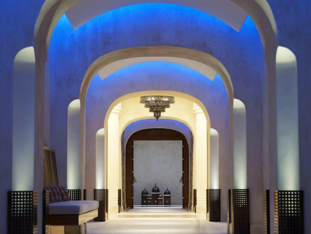 https://golftravelpeople.com/wp-content/uploads/2019/04/Westin-Resort-Costa-Navarino-Anazoe-Spa-1024x769.jpg