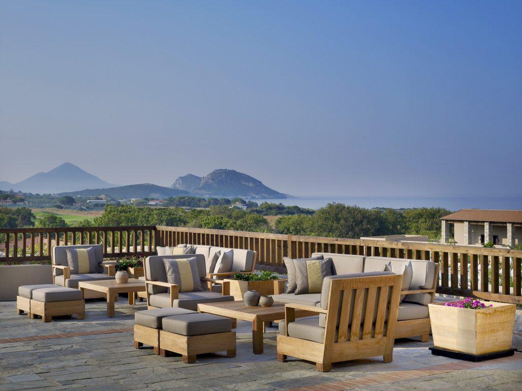 https://golftravelpeople.com/wp-content/uploads/2019/04/Westin-Resort-Costa-Navarino-Lobby-Terrace-1024x768.jpg