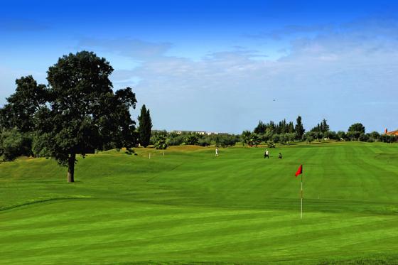 https://golftravelpeople.com/wp-content/uploads/2019/04/Zaudin-Golf-Club-10.jpg