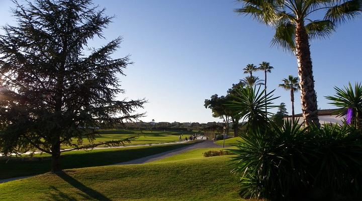 https://golftravelpeople.com/wp-content/uploads/2019/04/Zaudin-Golf-Club-3.jpg