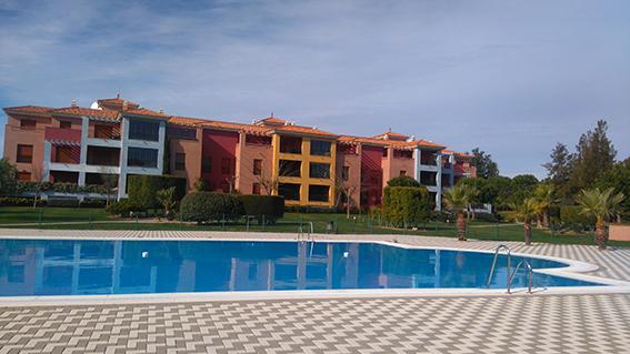 https://golftravelpeople.com/wp-content/uploads/2019/04/isla-canela-golf-beach-apartments-158.jpg