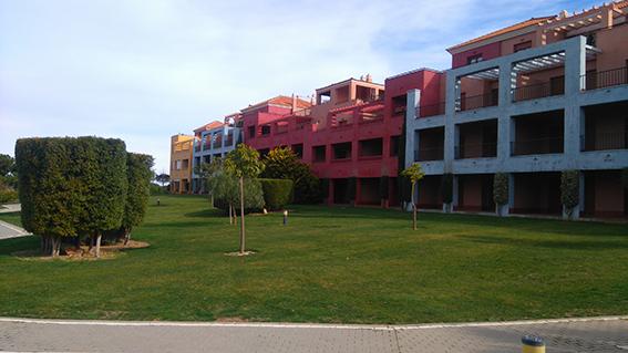https://golftravelpeople.com/wp-content/uploads/2019/04/isla-canela-golf-beach-apartments-160.jpg