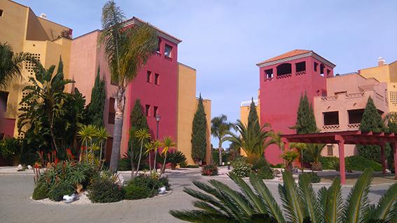 https://golftravelpeople.com/wp-content/uploads/2019/04/isla-canela-golf-beach-apartments-161.jpg