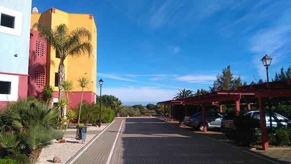 https://golftravelpeople.com/wp-content/uploads/2019/04/isla-canela-golf-beach-apartments-165.jpg