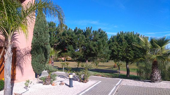 https://golftravelpeople.com/wp-content/uploads/2019/04/isla-canela-golf-beach-apartments-166.jpg