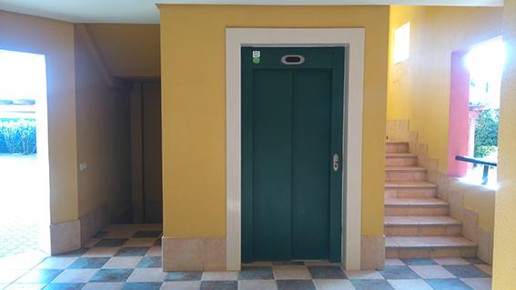 https://golftravelpeople.com/wp-content/uploads/2019/04/isla-canela-golf-beach-apartments-167.jpg