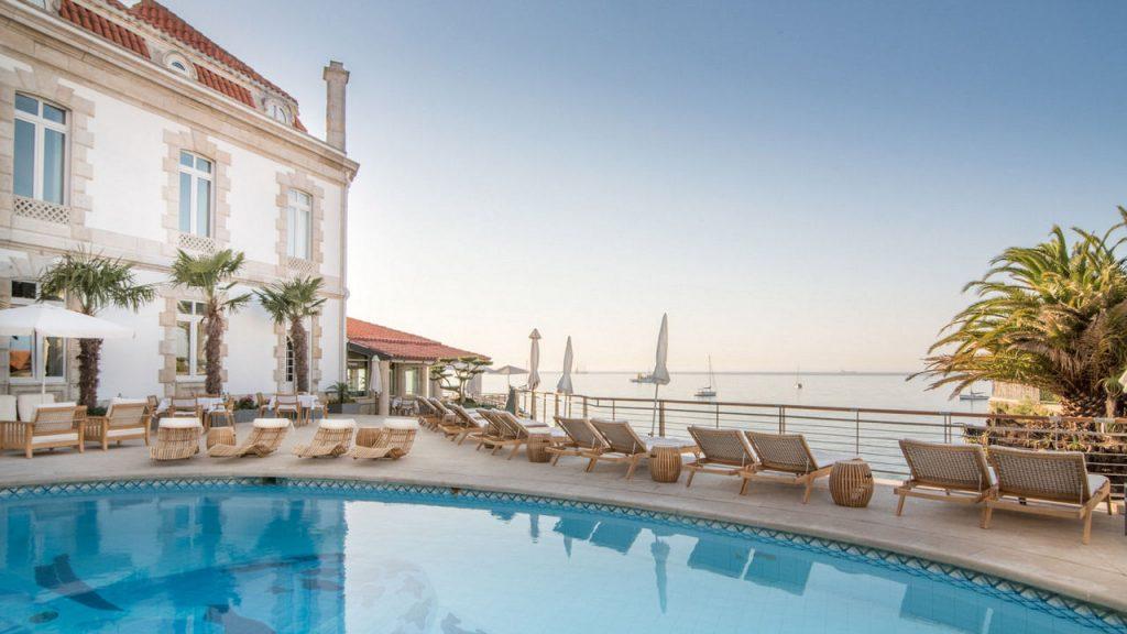 https://golftravelpeople.com/wp-content/uploads/2019/05/Albatroz-Hotel-Cascais-10-1024x576.jpg