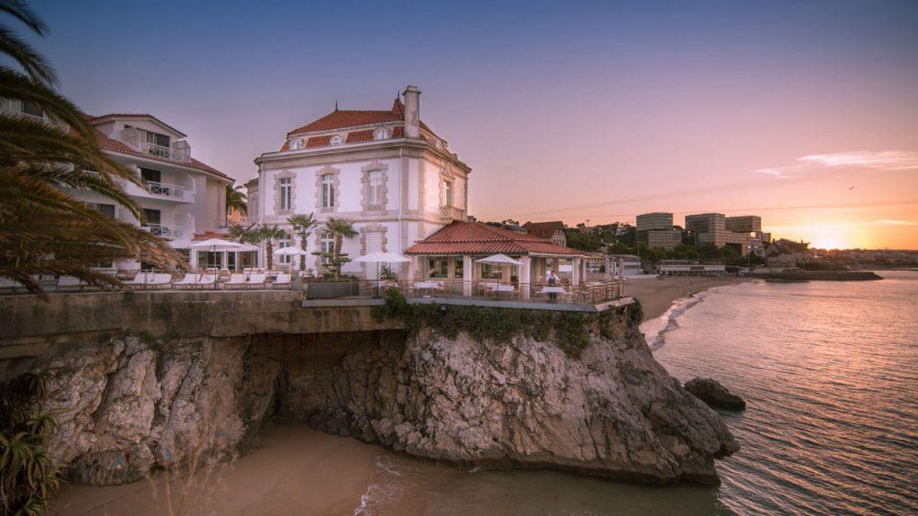 https://golftravelpeople.com/wp-content/uploads/2019/05/Albatroz-Hotel-Cascais-21-1024x576.jpg