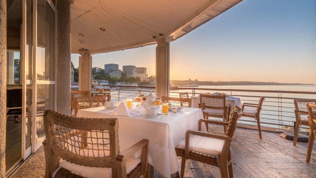 https://golftravelpeople.com/wp-content/uploads/2019/05/Albatroz-Hotel-Cascais-22-1024x576.jpg