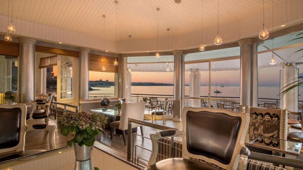 https://golftravelpeople.com/wp-content/uploads/2019/05/Albatroz-Hotel-Cascais-3-1024x576.jpg
