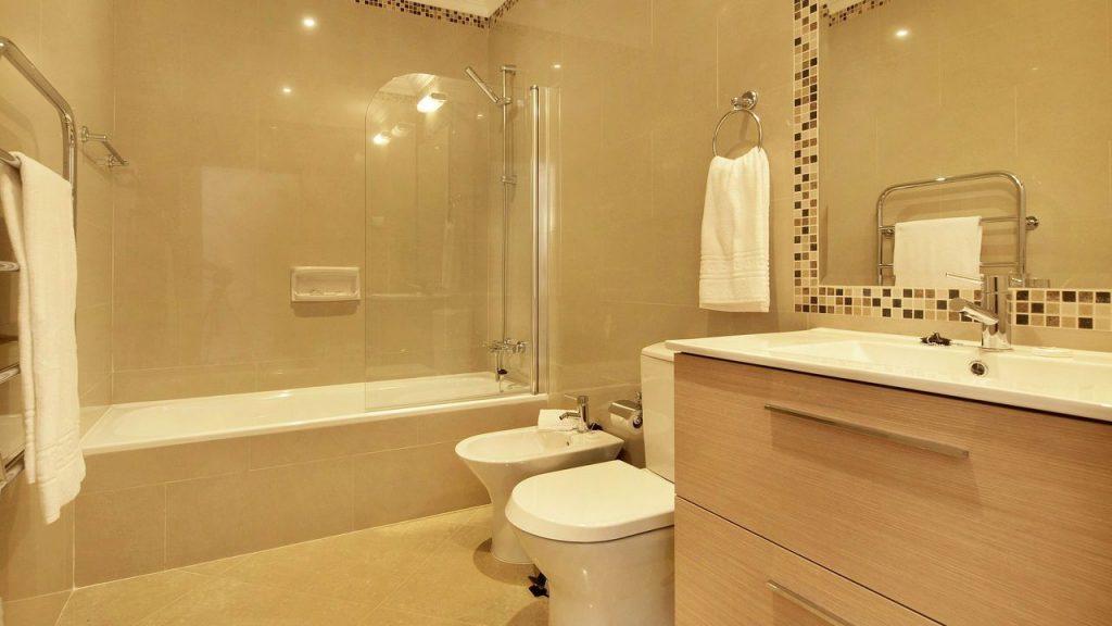 https://golftravelpeople.com/wp-content/uploads/2019/05/Boavista-Golf-Resort-Bela-Colina-Apartments-and-Townhouses-6-1024x576.jpg