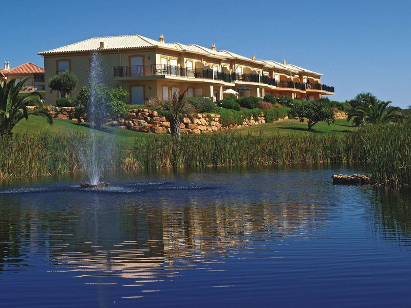 https://golftravelpeople.com/wp-content/uploads/2019/05/Boavista-Golf-Resort-General-Views-9.jpg