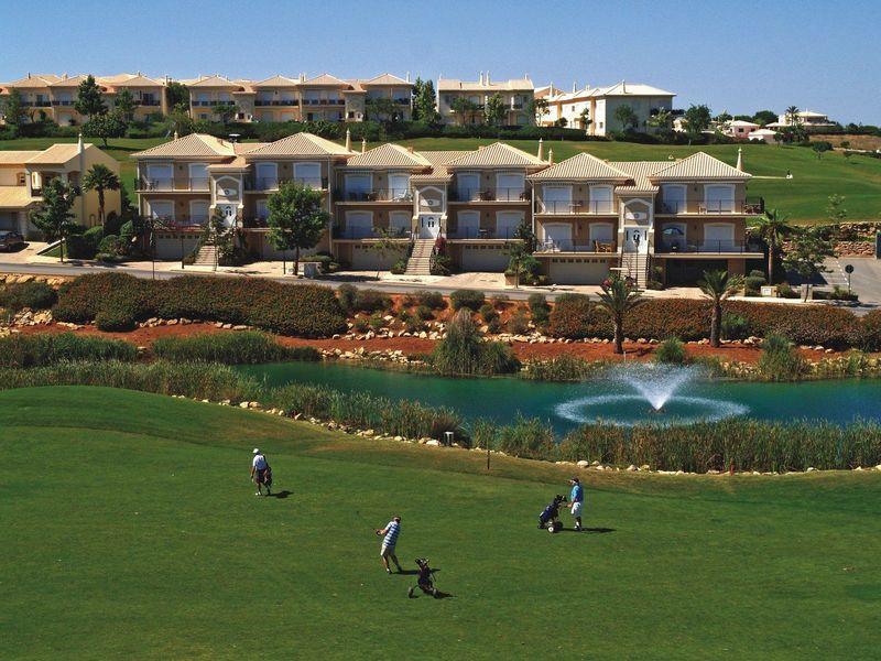 https://golftravelpeople.com/wp-content/uploads/2019/05/Boavista-Golf-Resort-Golf-Course-2.jpg
