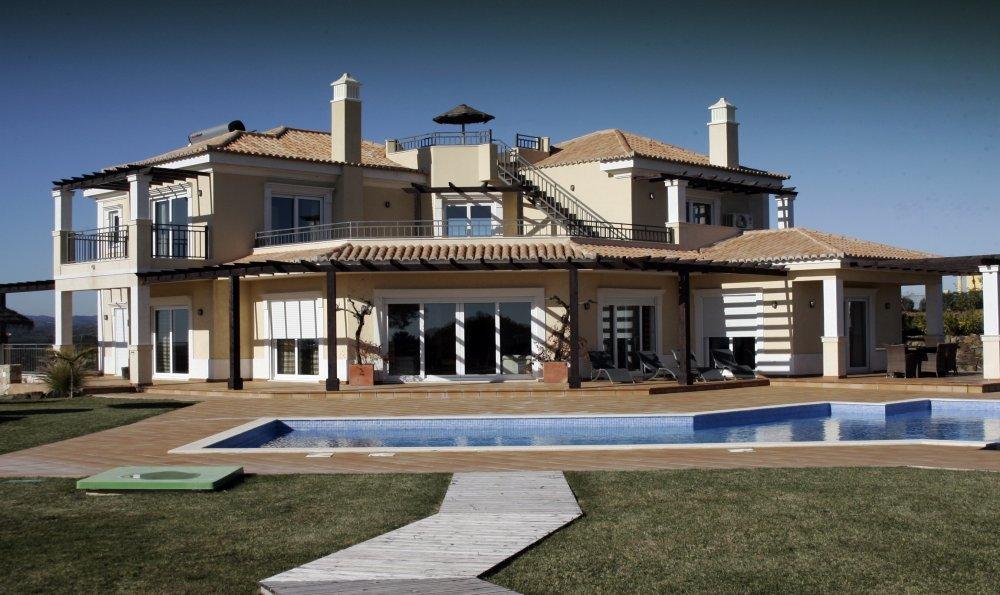 https://golftravelpeople.com/wp-content/uploads/2019/05/Castro-Marim-Golf-Club-Bella-Vistas-Villa-1.jpg