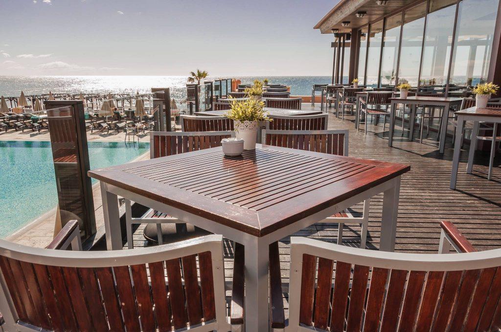 https://golftravelpeople.com/wp-content/uploads/2019/05/Guadalmina-Hotel-Spa-and-Golf-Resort-12-1024x680.jpg