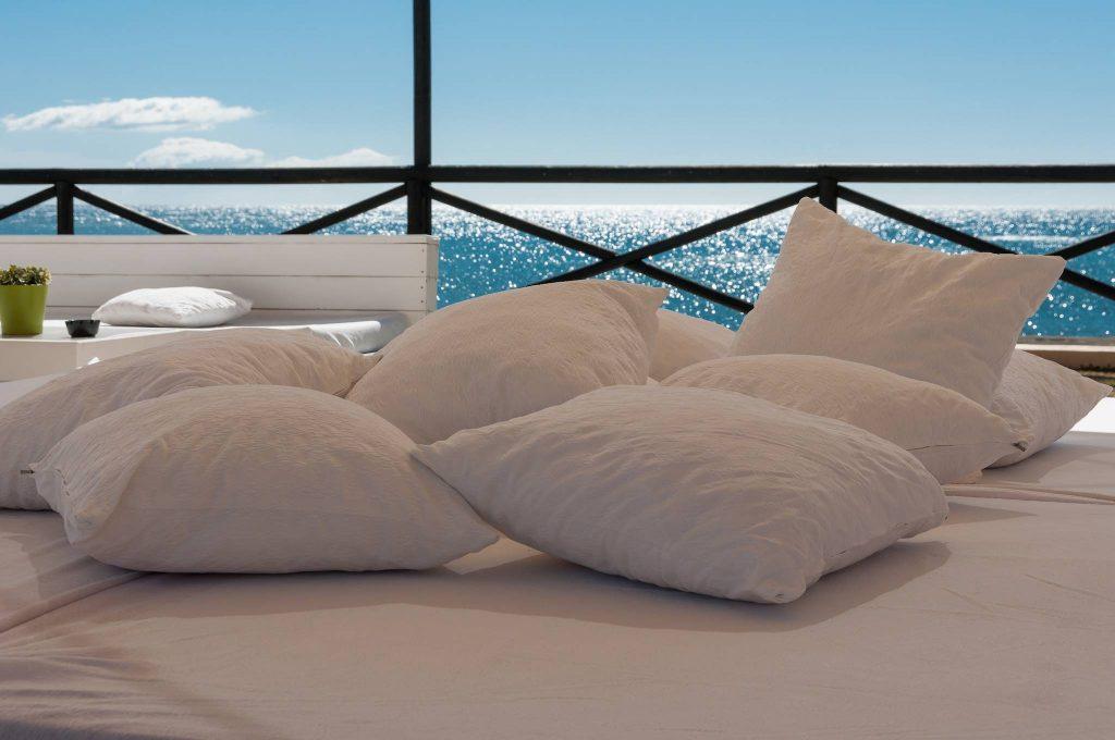 https://golftravelpeople.com/wp-content/uploads/2019/05/Guadalmina-Hotel-Spa-and-Golf-Resort-15-1024x680.jpg
