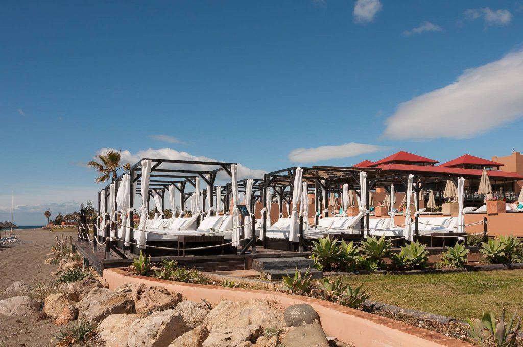 https://golftravelpeople.com/wp-content/uploads/2019/05/Guadalmina-Hotel-Spa-and-Golf-Resort-16-1024x680.jpg