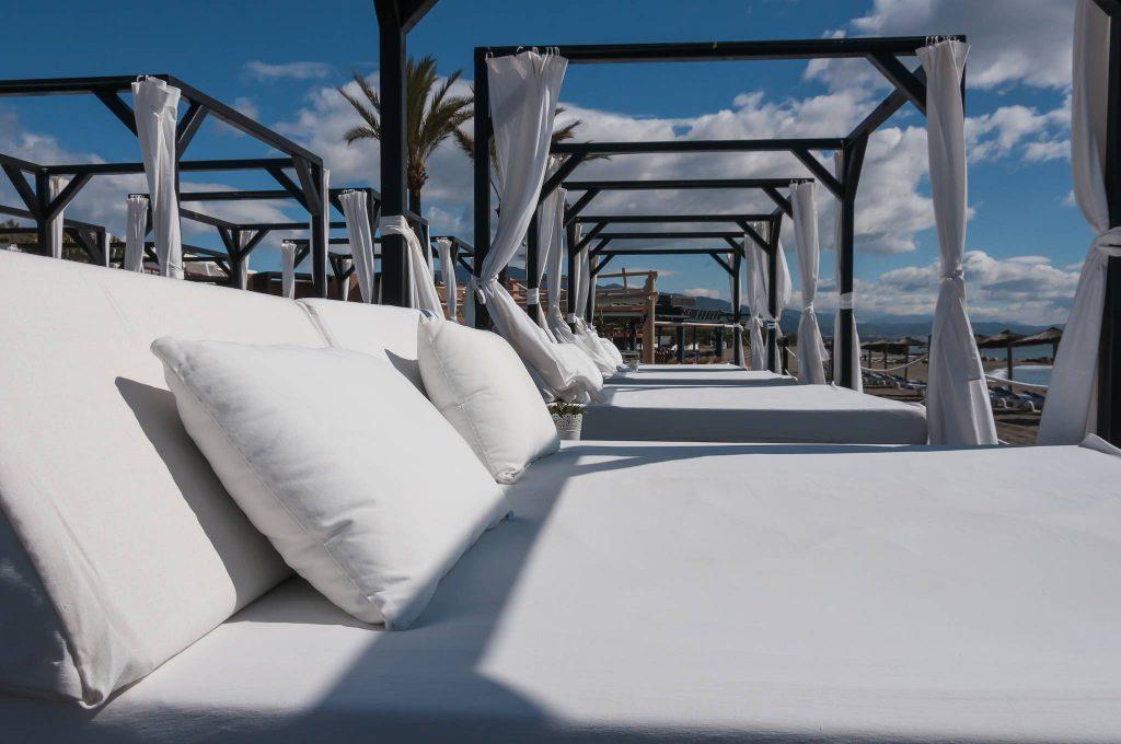 https://golftravelpeople.com/wp-content/uploads/2019/05/Guadalmina-Hotel-Spa-and-Golf-Resort-18-1024x680.jpg