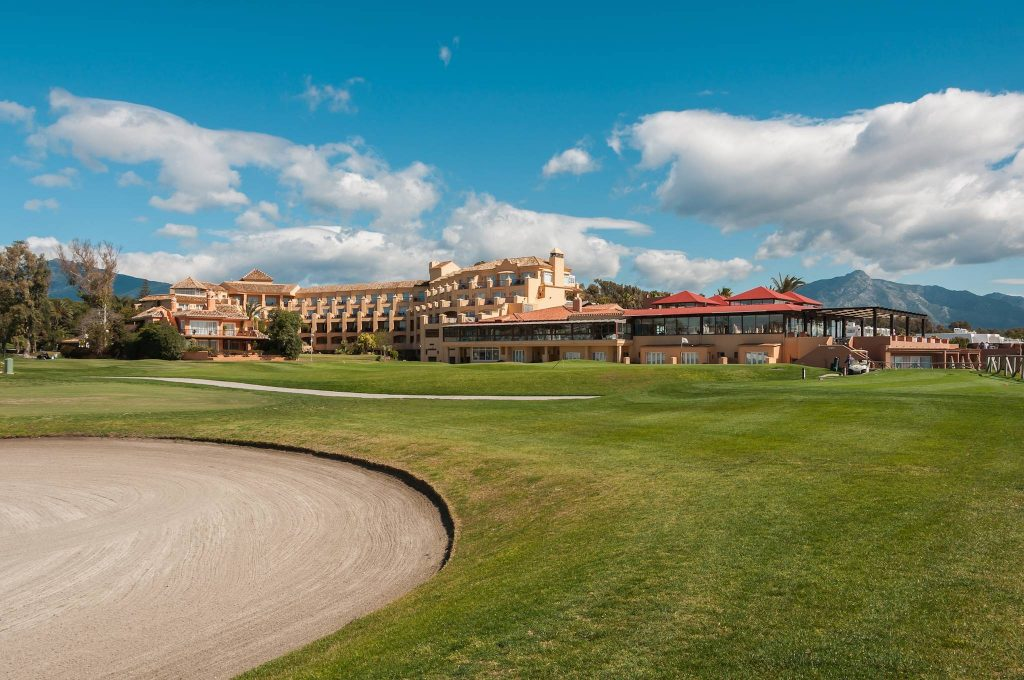 https://golftravelpeople.com/wp-content/uploads/2019/05/Guadalmina-Hotel-Spa-and-Golf-Resort-19-1024x680.jpg