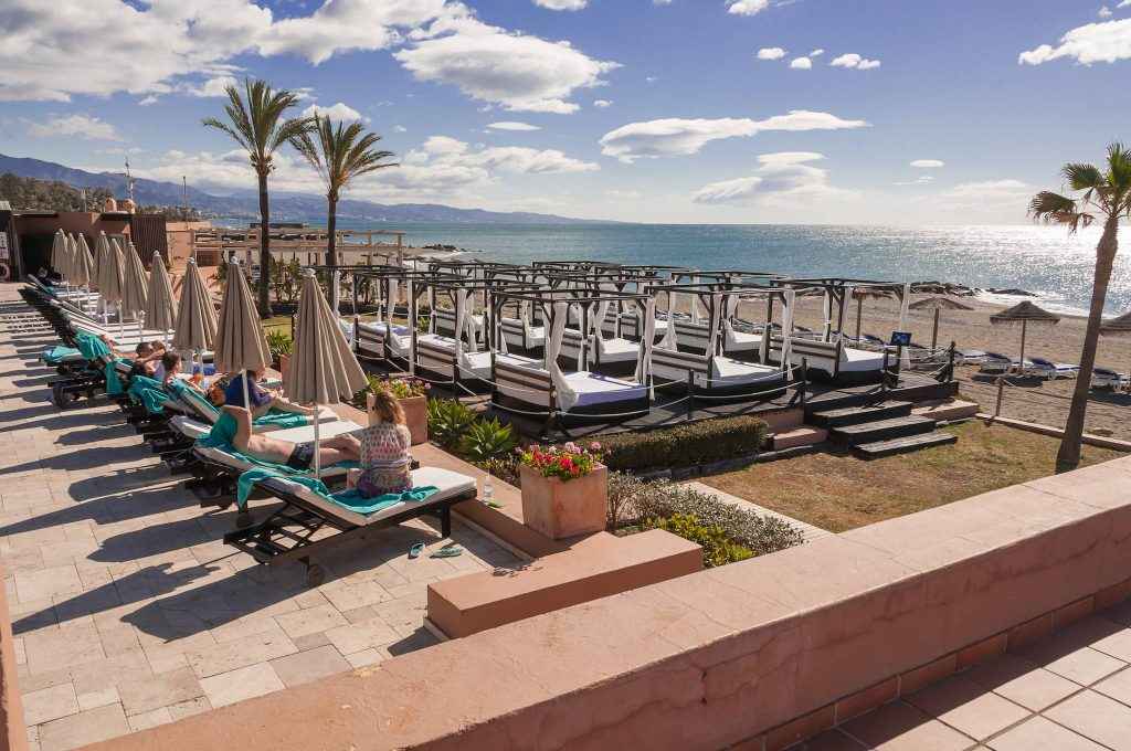https://golftravelpeople.com/wp-content/uploads/2019/05/Guadalmina-Hotel-Spa-and-Golf-Resort-8-1024x680.jpg