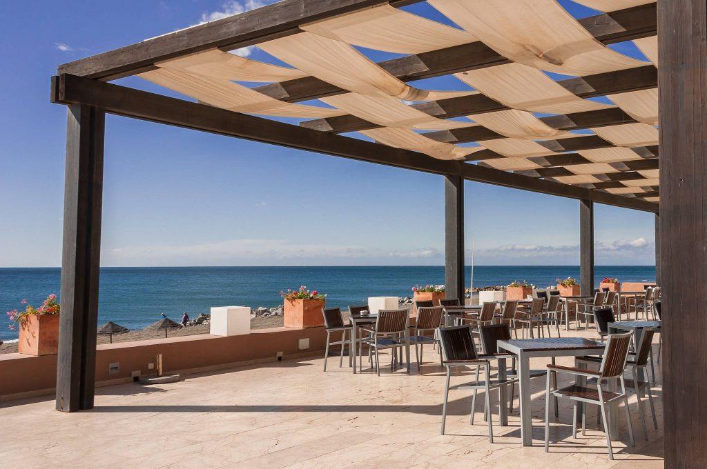 https://golftravelpeople.com/wp-content/uploads/2019/05/Guadalmina-Hotel-Spa-and-Golf-Resort-9-1024x680.jpg