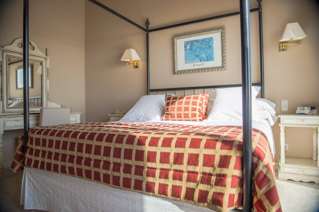 https://golftravelpeople.com/wp-content/uploads/2019/05/Guadalmina-Hotel-Spa-and-Golf-Resort-Bedrooms-3-1024x682.jpg
