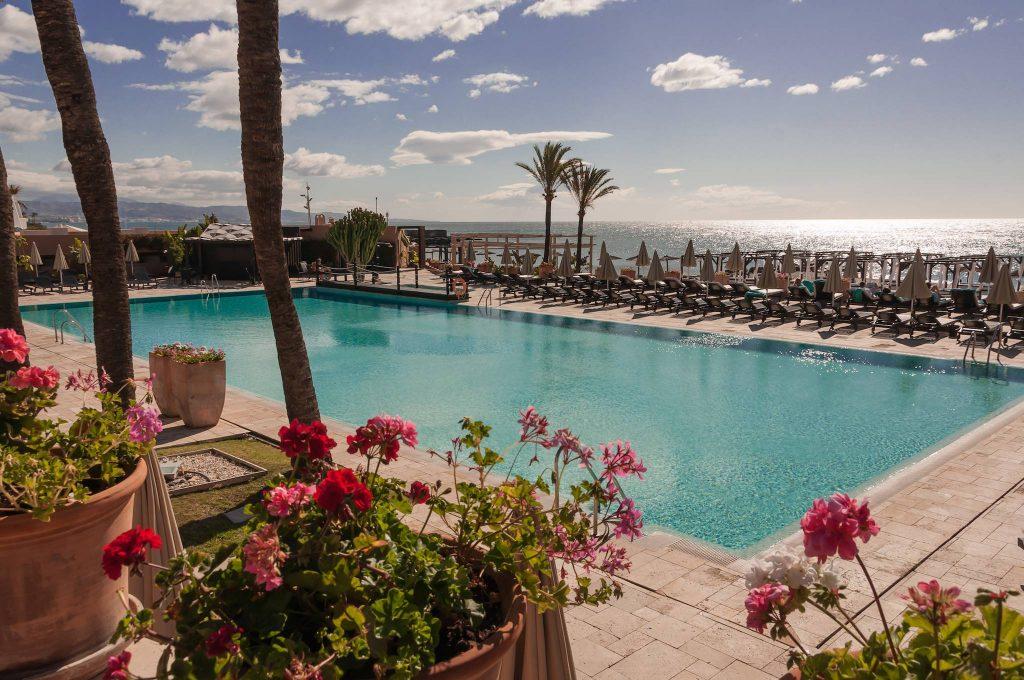 https://golftravelpeople.com/wp-content/uploads/2019/05/Guadalmina-Hotel-Spa-and-Golf-Resort-Swimming-Pools-6-1024x680.jpg