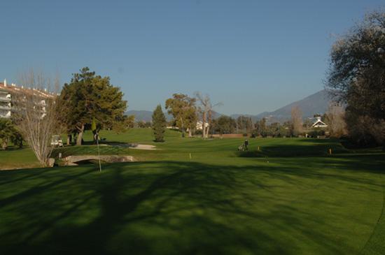 https://golftravelpeople.com/wp-content/uploads/2019/05/Real-Club-de-Golf-Guadalmina-19.jpg