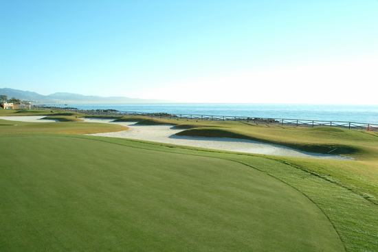 https://golftravelpeople.com/wp-content/uploads/2019/05/Real-Club-de-Golf-Guadalmina-26.jpg