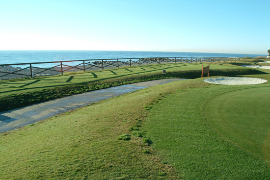 https://golftravelpeople.com/wp-content/uploads/2019/05/Real-Club-de-Golf-Guadalmina-27.jpg