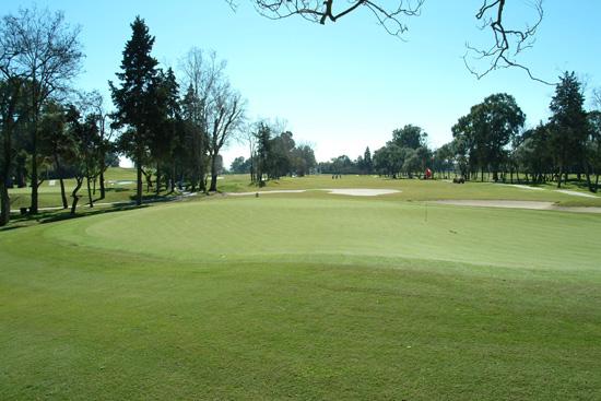 https://golftravelpeople.com/wp-content/uploads/2019/05/Real-Club-de-Golf-Guadalmina-30.jpg