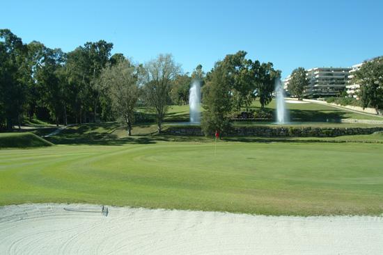 https://golftravelpeople.com/wp-content/uploads/2019/05/Real-Club-de-Golf-Guadalmina-33.jpg