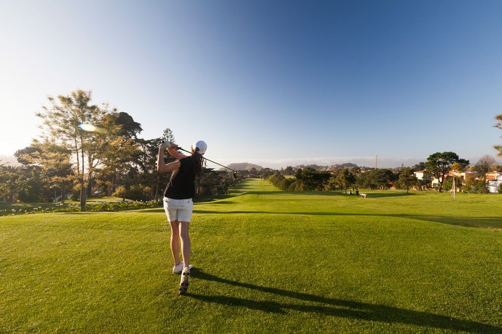 https://golftravelpeople.com/wp-content/uploads/2019/05/Real-Club-de-Golf-de-Tenerife-2-1024x683.jpg