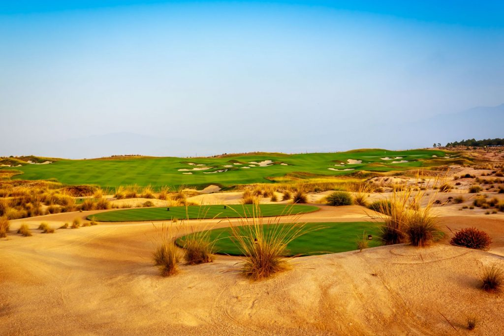 https://golftravelpeople.com/wp-content/uploads/2019/06/Alhama-Signature-Golf-Course-Murcia-Spain-2-1024x683.jpg