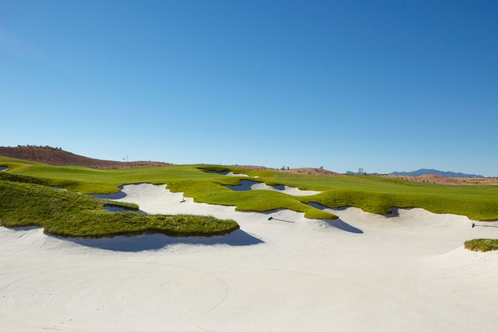https://golftravelpeople.com/wp-content/uploads/2019/06/Alhama-Signature-Golf-Course-Murcia-Spain-3-1024x683.jpg