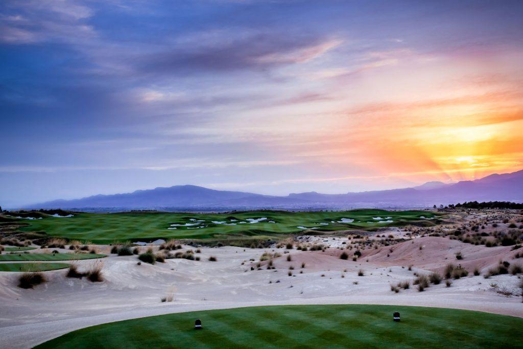 https://golftravelpeople.com/wp-content/uploads/2019/06/Alhama-Signature-Golf-Course-Murcia-Spain-8-1024x683.jpg