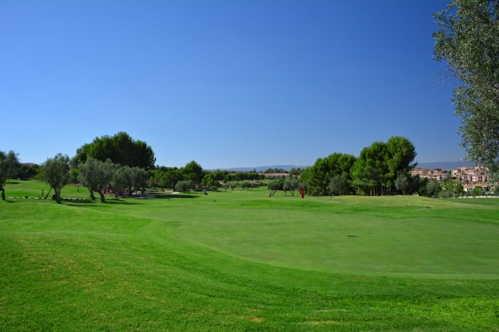 https://golftravelpeople.com/wp-content/uploads/2019/06/Altorreal-Golf-Club-Murcia-New-10-1024x683.jpg