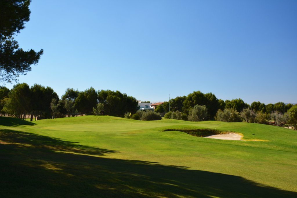 https://golftravelpeople.com/wp-content/uploads/2019/06/Altorreal-Golf-Club-Murcia-New-12-1024x683.jpg