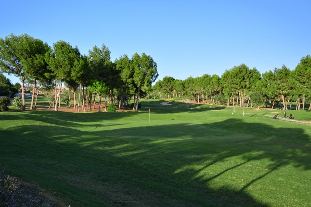 https://golftravelpeople.com/wp-content/uploads/2019/06/Altorreal-Golf-Club-Murcia-New-22-1024x683.jpg